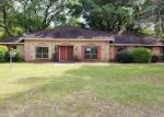 Foreclosed Home en HUNTERS HORN ST, Eight Mile, AL - 36613