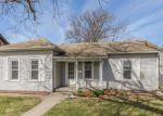 Foreclosed Home en J ST SW, Cedar Rapids, IA - 52404