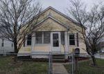 Foreclosed Home en LINCOLN ST, Alton, IL - 62002