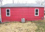 Foreclosed Home en N 30TH ST, Kansas City, KS - 66104