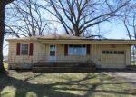 Foreclosed Home en S 52ND ST, Kansas City, KS - 66106