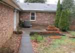 Foreclosed Home en MEADOWVIEW DR, Elizabethtown, KY - 42701