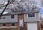 Foreclosed Home en GINGER RD, Louisville, KY - 40229