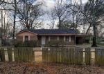 Foreclosed Home en E BANYAN ST, Bay Minette, AL - 36507