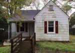Foreclosed Home en KONNOAK DR, Winston Salem, NC - 27127