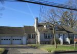 Foreclosed Home en JAMES ST, Toms River, NJ - 08753