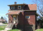 Foreclosed Home en NORTON AVE, Barberton, OH - 44203