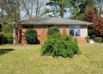 Foreclosed Home en VAN DORN ST, Petersburg, VA - 23805