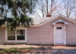 Foreclosed Home en BLUFF LN, Harpers Ferry, WV - 25425