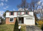 Foreclosed Home en MILLSTREAM DR, Frederick, MD - 21702