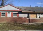 Foreclosed Home en PARK ST, Huntington, WV - 25705