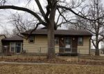 Foreclosed Home en GARFIELD AVE, Des Moines, IA - 50317