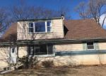 Foreclosed Home en W LANCASTER AVE, Milwaukee, WI - 53225
