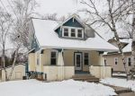 Foreclosed Home en GROVE ST, Waukesha, WI - 53186