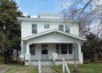Foreclosed Home en W END BLVD, Emporia, VA - 23847
