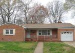 Foreclosed Home en WARD DR, Hampton, VA - 23669