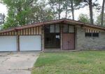 Foreclosed Home en TERI DR, Vidor, TX - 77662