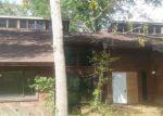 Foreclosed Home en HICKORY BEND RD, Brenham, TX - 77833