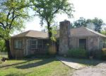 Foreclosed Home en SE 4TH AVE, Mineral Wells, TX - 76067