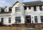 Foreclosed Home en SUMMER DUCK RD, Fayetteville, NC - 28314