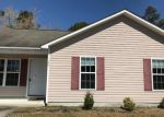 Foreclosed Home en ASHBURY PARK LN, Richlands, NC - 28574