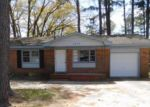 Foreclosed Home en VALIANT DR, Fayetteville, NC - 28314