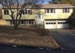 Foreclosed Home en GREEN BRIAR RD, Norwich, CT - 06360