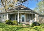 Foreclosed Home en PATTERSON ST, Neosho, MO - 64850