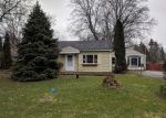 Foreclosed Home en PASADENA DR, Rochester, NY - 14606