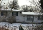 Foreclosed Home en N WAYNE AVE, Kansas City, MO - 64118