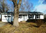 Foreclosed Home en 11TH TER, Grandview, MO - 64030