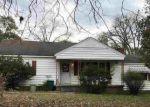 Foreclosed Home en MOUNT CARMEL DR, Natchez, MS - 39120