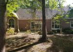 Foreclosed Home en MEADOWDALE DR, Gautier, MS - 39553