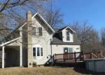 Foreclosed Home en N FERRIS RD, Riverdale, MI - 48877