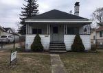 Foreclosed Home en JEFFERSON ST, Farmington, MI - 48336
