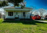 Foreclosed Home en HIGHWAY 127, Vergennes, IL - 62994