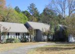 Foreclosed Home en RIVERDALE DR, Waycross, GA - 31503