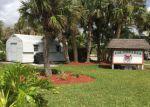 Foreclosed Home en BAYSHORE DR, Fort Pierce, FL - 34949