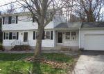 Foreclosed Home en ROLLINGVIEW DR, Vernon Rockville, CT - 06066