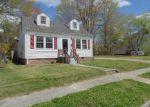 Foreclosed Home en CHURCH ST, Emporia, VA - 23847