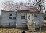 Foreclosed Home en FIELD AVE, Trenton, NJ - 08610