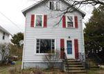 Foreclosed Home en FERNWOOD AVE, Barberton, OH - 44203
