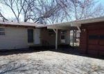 Foreclosed Home en SW 29TH ST, Topeka, KS - 66614