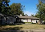 Foreclosed Home en W BARTON AVE, West Memphis, AR - 72301