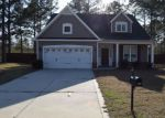 Foreclosed Home en SIDESADDLE CT, Raeford, NC - 28376