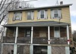 Foreclosed Home en ROUNDTOP RD, Irwin, PA - 15642