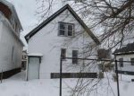 Foreclosed Home en N 33RD ST, Milwaukee, WI - 53216