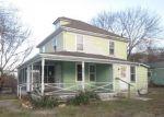 Foreclosed Home en SANDWICH RD, Buzzards Bay, MA - 02532