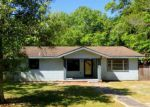 Foreclosed Home en MAPOLES ST, Crestview, FL - 32536