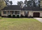 Foreclosed Home en CHAPPELL CREEK DR, Richlands, NC - 28574
